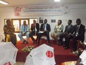 Des experts penchent sur la question de la contrebande du tabac au Cameroun
