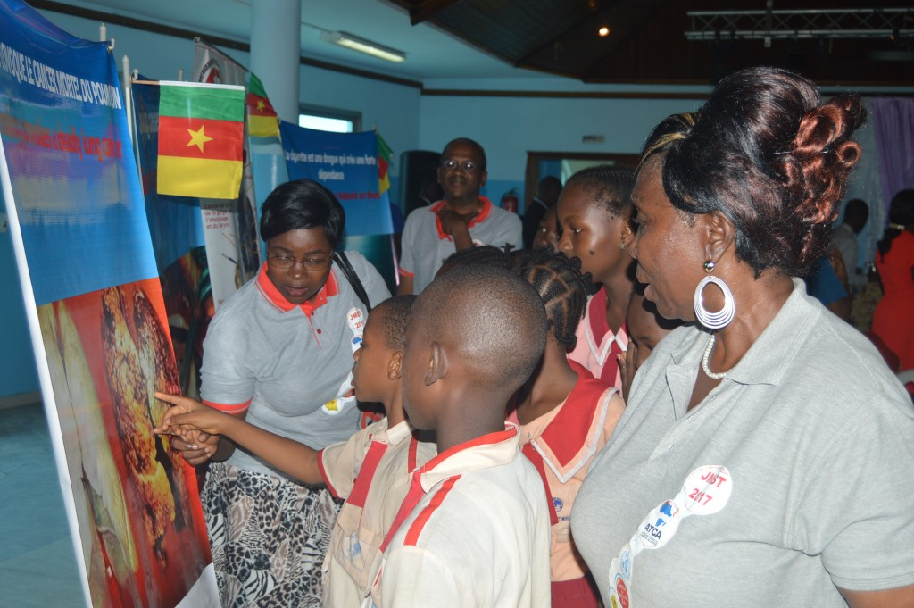 14.3. School children also had a tour of C3T Posters